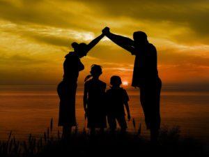 Das Kindeswohl kann es jedoch gebieten, dass die Ehegatten unterschiedlich behandelt werden.